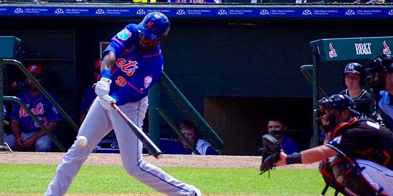 Roger Bernadina aan slag voor New York Mets tijdens Spring Training van 2016.