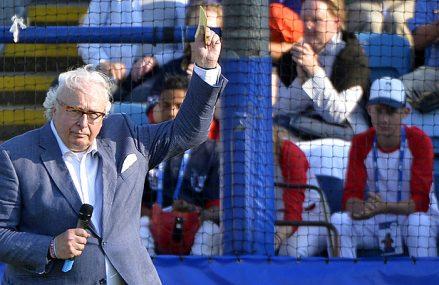 Mart en Tjerk Smeets commentatoren tijdens EK honkbal
