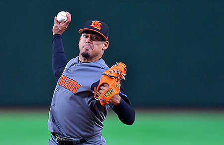 Winnend pitcher Jair Jurrjens gooide zes innings.