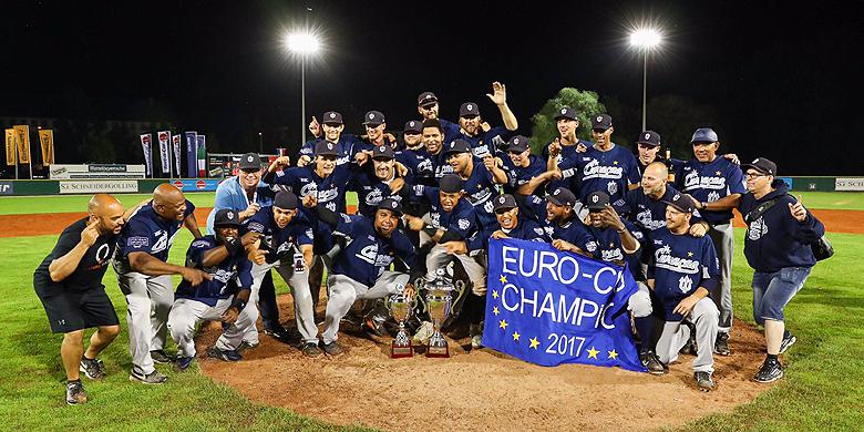 Curaçao Neptunus is voor de negende keer in de historie Europees clubkampioen geworden.