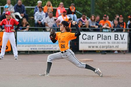 UVV-pitcher Dieudonné van Zoelen gooide twee innings voor Nederland.