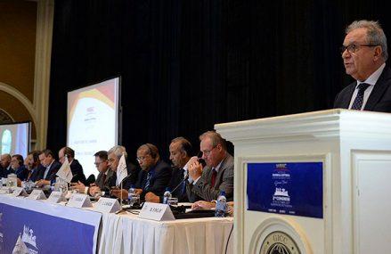Italiaan Fraccari herkozen als voorzitter WBSC