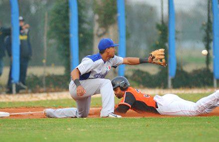 Italië prolongeert titel European Baseball Series