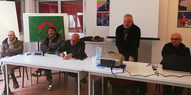 Het was koud tijdens het overleg van de Italiaanse honkbalbond met de clubs uit de Italian Baseball League.