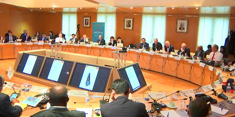 Bijeenkomst van de WBSC in het hoofdkantoor van het Frans Olympisch Comité in Parijs.