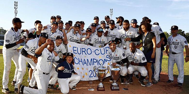 Voor het tweede jaar op rij heeft Curaçao Neptunus de European Champions Cup gewonnen.