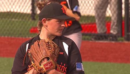 Verliezend pitcher Maud Werkman.