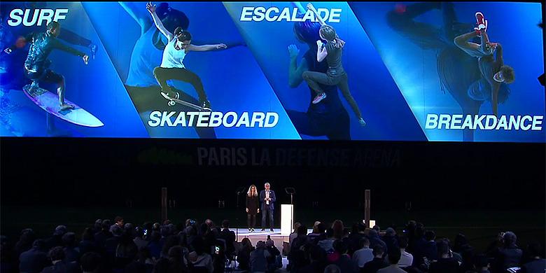 Aurélie Merle (director Associate Sports) en Jean-Philippe Gatien (director Executive Sports) aan het woord bij de presentatie van van de keuzesporten.
