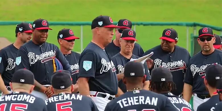 Andruw Jones (links) is deze weken als gastinstructeur aanwezig tijdens Spring Training van Atlanta Braves,