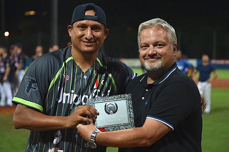 Pitcher Raul Rivero werd uitgeroepen tot MVP.