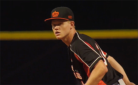 Winnend pitcher Luuk ter Beek.