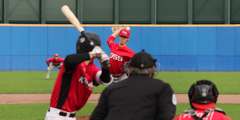 Pitcher Scott Prins was in de eerste en derde wedstrijd van grote waarde voor DSS.