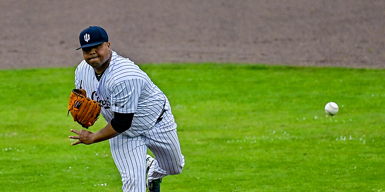 Diegomar Markwell is de derde pitcher in de hoofdklasse geworden met 150 overwinningen.
